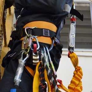 cinto tipo paraquedista para eletricista